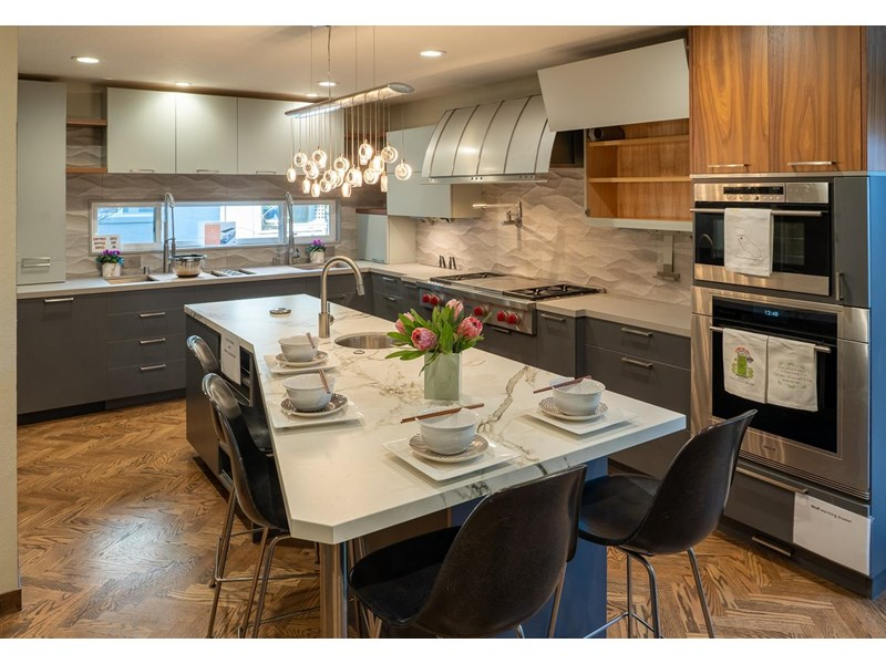 Gourmet kitchen with Wolf range, cooktop and Subzero refrigerator